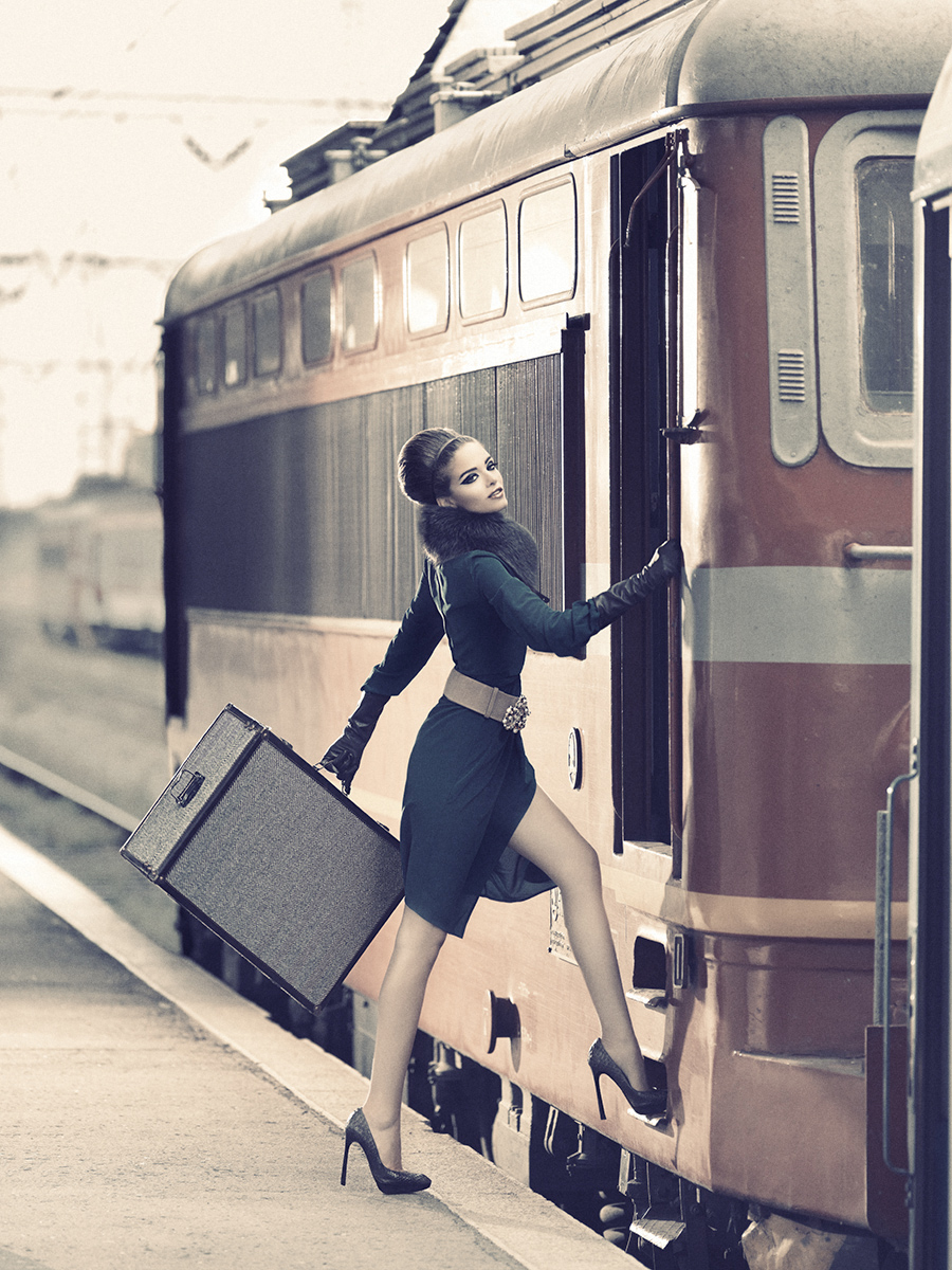 Фото в поезде девушки 12 фотография