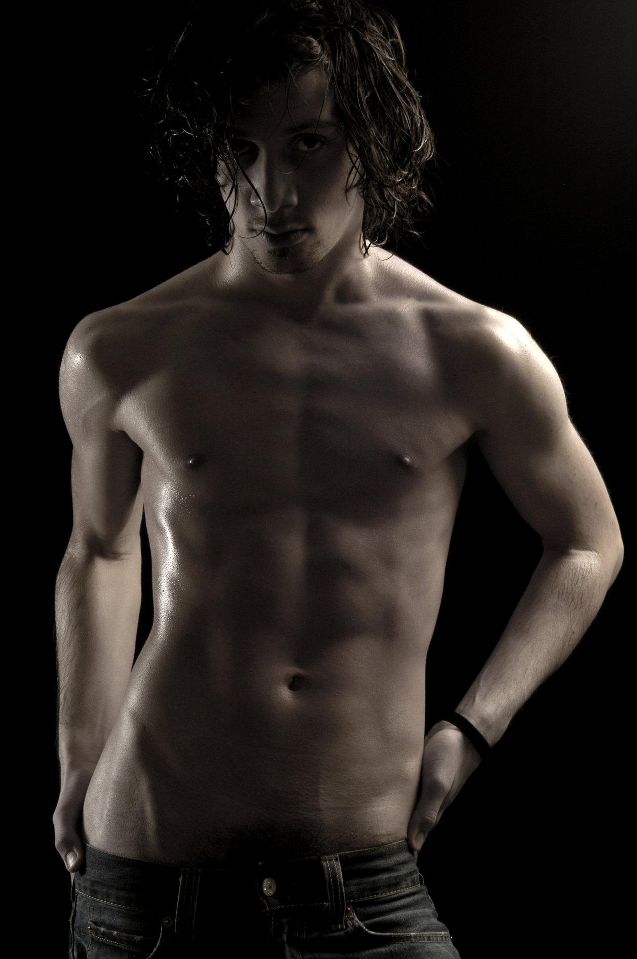 Мужчина голый для женщин новенькое